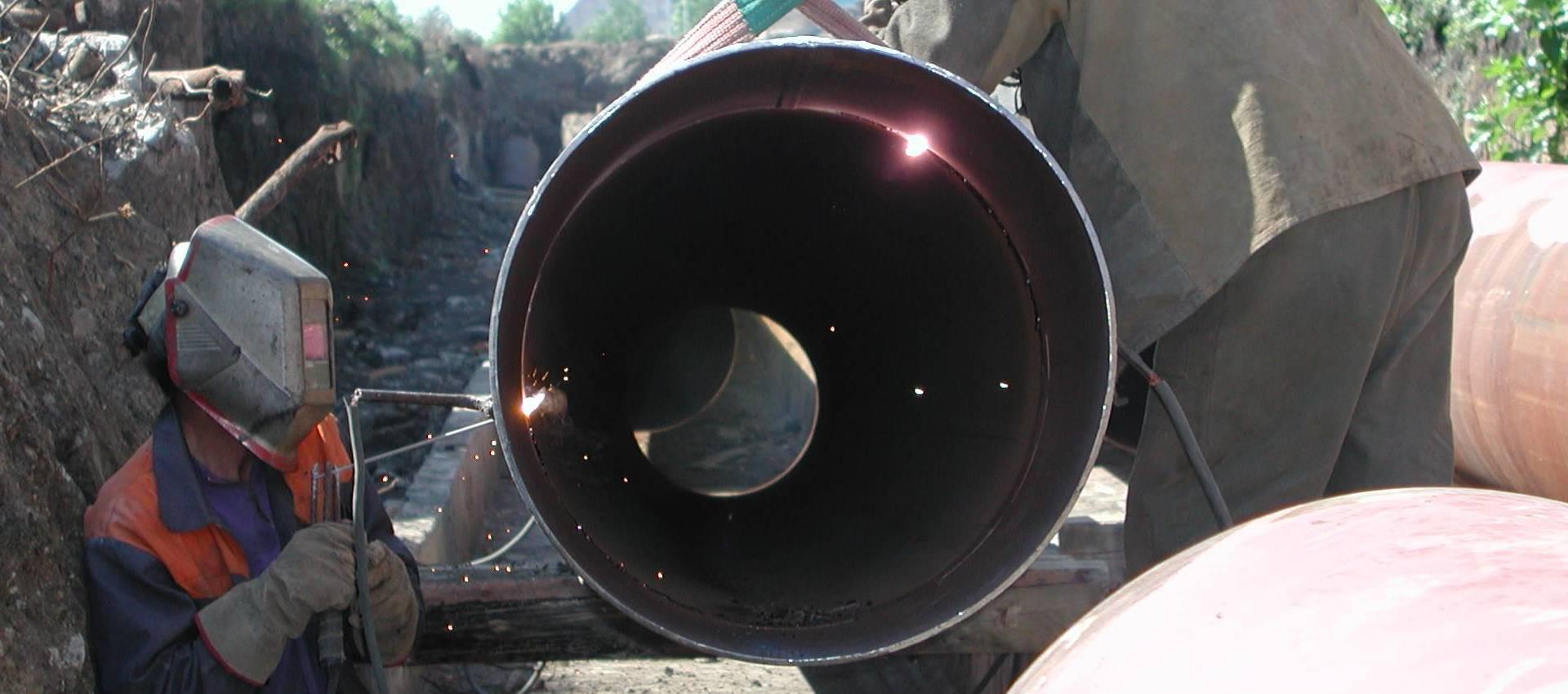 Зварювання трубопроводів гарячої води